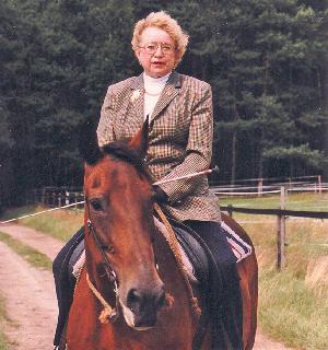 Die Pionierin der Freizeitreiterei, Ursula Bruns, ist gestorben