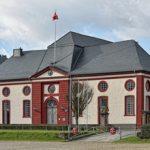 Das Landgestüt Dillenburg steht vor dem Aus! Die grüne Umweltministerin Priska Hinz will den Geldhahn zudrehen.